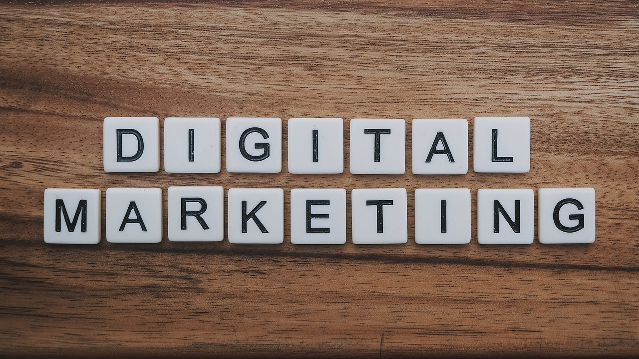 digital marketing asuransi